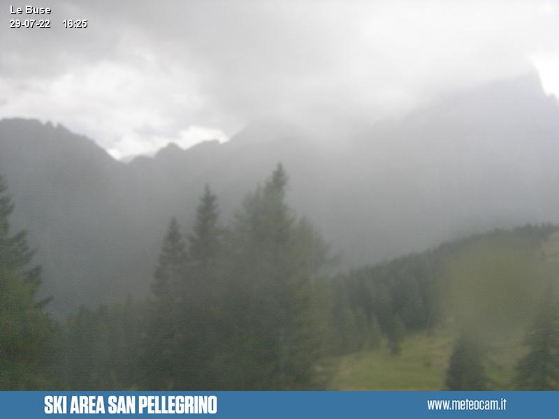 Webcam Passo San Pellegrino - Falcade - Le Buse - Altitude: 1,883 metresArea: Le BusePanoramic viewpoint: static webcam. View from the top station of the cabin lift