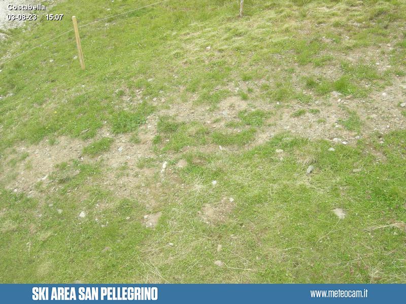 Webcam Passo San Pellegrino - Costabella - Altitudine:1.920 metriPosizione:Passo San PellegrinoPunto Panoramico:webcam statica. Panorama verso le piste da sci e gli impianti di risalita del Passo San Pellegrino (10 km da Moena). Le Creste di Costabella con Cima Uomo sovrastano tutta l'area.